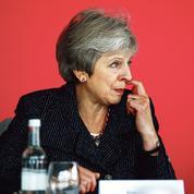 Les alliés de Theresa May menacent de la renverser avant le Brexit