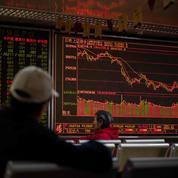 Trump critique la Fed, les Bourses hésitantes