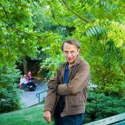Michel Houellebecq reçoit le Prix Château La Tour Carnet et annonce un nouveau roman