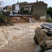 Inondationsdans l'Aude : émotion nationale après le déluge meurtrier