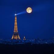 Un Français sur deux se verrait bien passer ses vacances dans l'espace