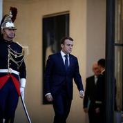 Sondage : la chute se poursuit pour Emmanuel Macron