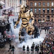 La foule des grands jours à Toulouse pour les déambulations du Minotaure