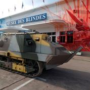 Aux commandes du premier char d'assaut français
