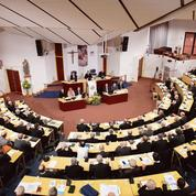 Pédophilie: les évêques lancent une commission indépendante
