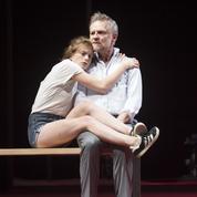 Molière, présent, rire et cruauté avec L'École des femmes au théâtre de l'Odéon