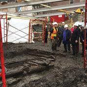 À Québec, les fortifications en bois du XVIIe siècle découvertes dans un état miraculeux