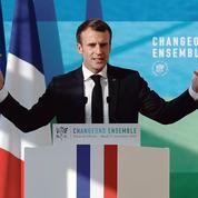 Macron tente de gagner du temps face aux «gilets jaunes»
