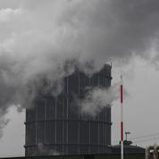 Les banques françaises privilégient les énergies fossiles, selon Oxfam