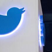 Aux États-Unis, une personnalité de l'«alt-right» s'enchaîne aux locaux de Twitter
