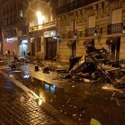 «Gilets jaunes» : à Paris, les forces de l'ordre débordées par des casseurs