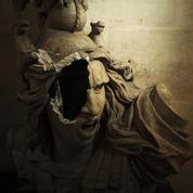 «Gilets jaunes» : les images de l'Arc de Triomphe saccagé