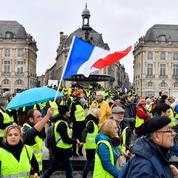 «Gilets jaunes» : la montée en puissance d'un mouvement porté par la colère