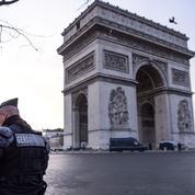Gilets jaunes : les monuments fermés à Paris samedi