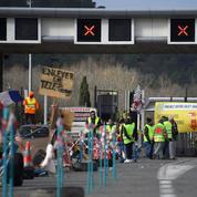 «Gilets jaunes» aux péages: Vinci renonce à envoyer la facture aux automobilistes