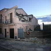 Une zone proche de l'Etna en éruption frappée par un séisme