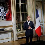 Imposteur, donneur de leçons, sans émotion: après ses vœux, Macron étrillé par l'opposition