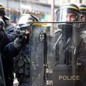 «Gilets jaunes» : une cagnotte pour les policiers blessés dépasse le million d'euros