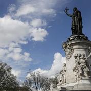 Les «foulards rouges» et l'agora pour le climat se disputent la place de la République