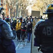 «Gilets jaunes»: les forces de l'ordre se préparent au pire