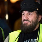 Francis Lalanne, soutien des «gilets jaunes», appelle à la «guerre civique»