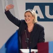 Dans le Vaucluse, Marine Le Pen braconne à droite en vue des européennes