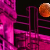 L'éclipse totale de Lune vue depuis les réseaux sociaux