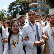 Au Venezuela, Maduro tente de reprendre l'initiative face à Guaido