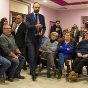 80 km/h, agriculture, déserts médicaux : le débat de Philippe dans un petit village d'Auvergne