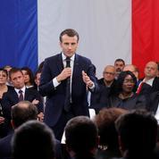 Grand débat : Macron tente de renouer avec les banlieues