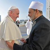 Aux Émirats, le Pape défend la liberté religieuse