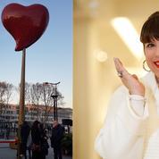 Joana Vasconcelos fait battre son Cœur de Paris porte de Clignancourt