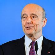 Le départ d'Alain Juppé: symbole de l'échec de la droite?