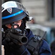 Les policiers, ces fonctionnaires les plus surveillés de France