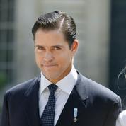 Espagne: Louis de Bourbon, prétendant au trône de France, se bat pour la dépouille de Franco