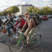 À Paris, plus que jamais, le vélo est roi