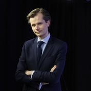 Débat: Guillaume Larrivé demande des comptes à Édouard Philippe