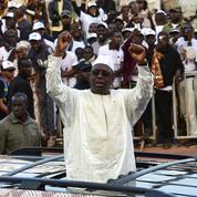 Au Sénégal, Macky Sall se proclame vainqueur de la présidentielle