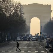 Pollution: les véhicules les plus polluants interdits ce mercredi à Paris et à Lille
