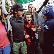 Algérie: les étudiants à leur tour dans la rue