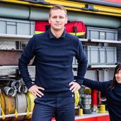 Volontaire, le pull de pompier recyclé