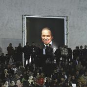 Bouteflika s'engage à céder le pouvoir s'il est élu président en avril