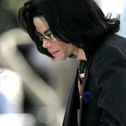 Des premières révélations à Leaving Neverland, histoire des affaires de Michael Jackson