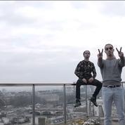 Le groupe de rap PNL annonce un nouvel album et lance un avis de recherche