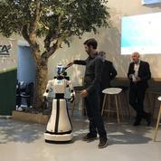 Toulouse: un robot pour accueillir les clients d'une agence Crédit agricole