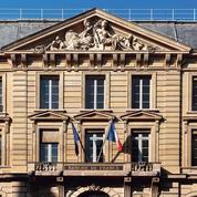 La croissance de la France ralentit mais ne s'effondre pas