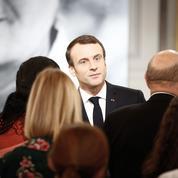 Macron tente de renouer avec les intellectuels