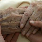 Belgique: 40% des citoyens favorables à l'arrêt des soins pour les plus de 85 ans