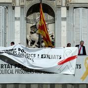 En Catalogne, les rubans de la discorde