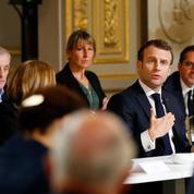 Macron et les Français: il faut bien que je les suive puisque je suis leur chef